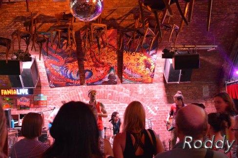 Garage Eden (c) Roddy McCorley 13